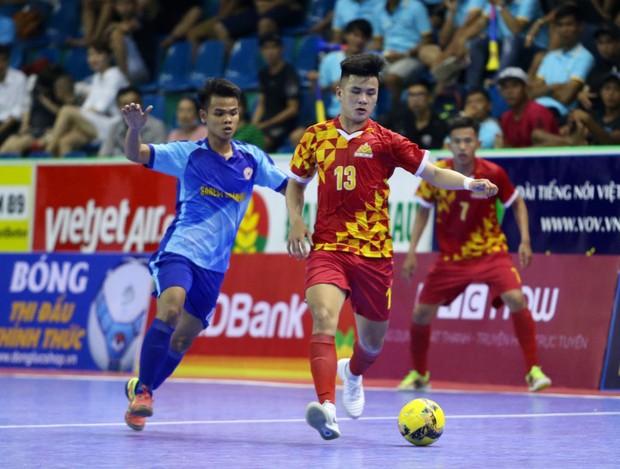 Cầu thủ futsal Việt Nam gặp tình huống trớ trêu khi bị CLB làm giả hợp đồng - Ảnh 2.