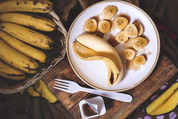 Chăm bổ sung những loại thực phẩm này giúp bạn thu về đủ lợi ích từ trong ra ngoài - Ảnh 1.