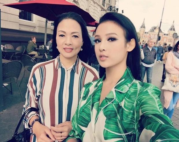 """Kelbin Lei, Tim Phạm và Huyền Baby đã mở ra """"kỷ nguyên mới"""" của chụp ảnh gia đình: Nếu không chất như đi Fashion show thì cũng đẹp như bìa tạp chí - Ảnh 4."""