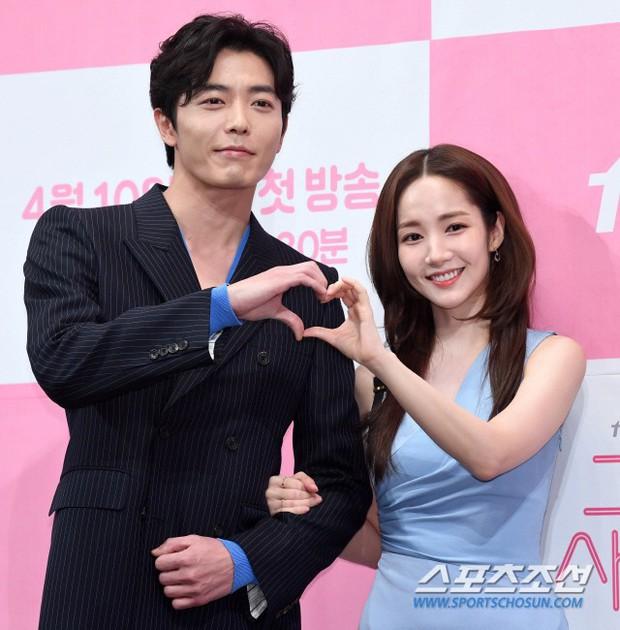 Nữ hoàng dao kéo Park Min Young đẹp ngất ngây, gây choáng khi diện váy xẻ tà khoe body siêu nuột tại sự kiện - Ảnh 13.