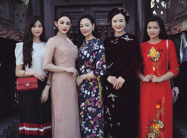 """Kelbin Lei, Tim Phạm và Huyền Baby đã mở ra """"kỷ nguyên mới"""" của chụp ảnh gia đình: Nếu không chất như đi Fashion show thì cũng đẹp như bìa tạp chí - Ảnh 2."""