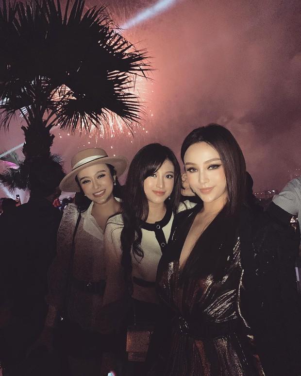 """Kelbin Lei, Tim Phạm và Huyền Baby đã mở ra """"kỷ nguyên mới"""" của chụp ảnh gia đình: Nếu không chất như đi Fashion show thì cũng đẹp như bìa tạp chí - Ảnh 6."""