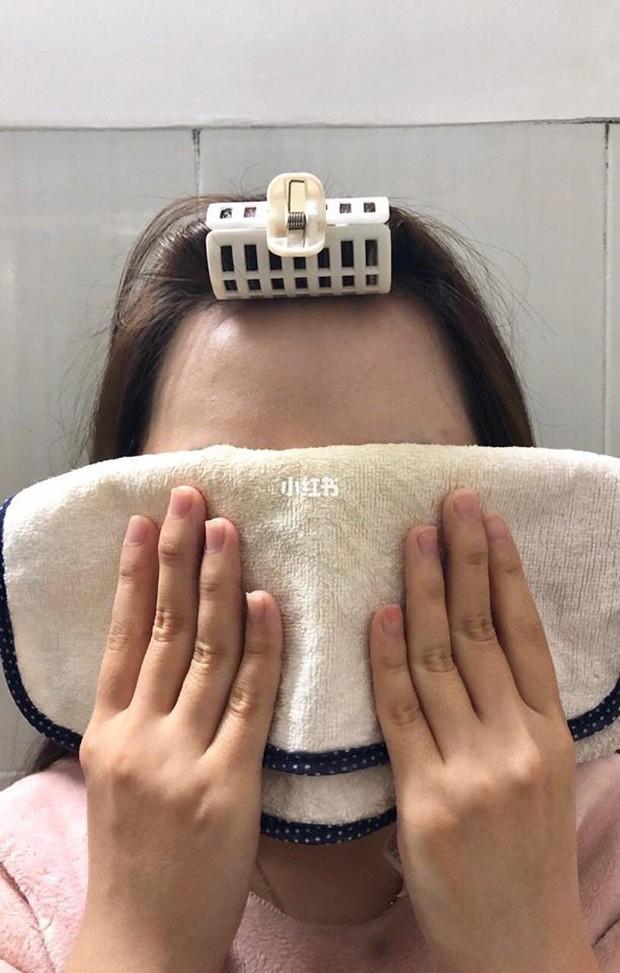 Để da mướt mát không lỗ chân lông, hội con gái Trung đang truyền tai bí kíp đắp khăn nóng vô cùng đơn giản - Ảnh 5.