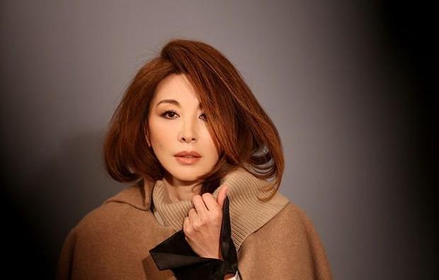 Không chịu nổi áp lực dư luận khi liên quan đến cái chết sao nữ Vườn Sao Băng, Lee Mi Sook chính thức rút khỏi phim mới - Ảnh 2.