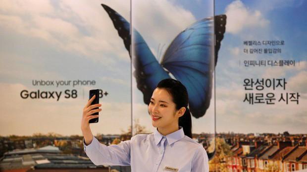 Căng thẳng, kiệt sức, người trẻ Hàn Quốc đang chuyển sang làm YouTuber thay vì văn phòng lương cao tại Samsung - Ảnh 2.
