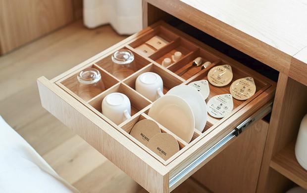 Không chỉ bán mỹ phẩm, Muji Nhật vừa khai trương khách sạn phong cách tối giản, giá sương sương 3 triệu/đêm - Ảnh 4.