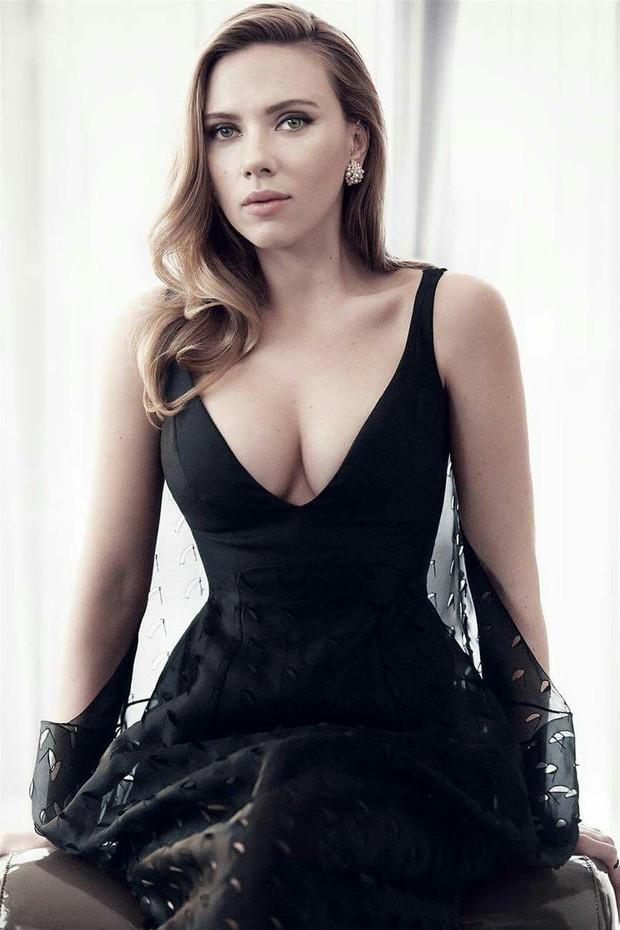 Ai ngờ dàn mỹ nhân Avengers toàn sở hữu body nóng bỏng mắt: Scarlett siêu hot, nhưng gây choáng nhất lại là số 2 - Ảnh 4.