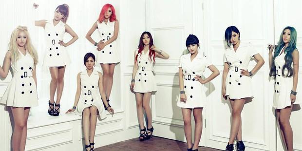 Idolgroup bán album khủng nhất lịch sử Kpop: BTS cho đến EXO, DBSK ngửi khói, TWICE thống trị mảng nữ, BLACKPINK bét bảng nhưng vẫn rất xuất sắc - Ảnh 26.