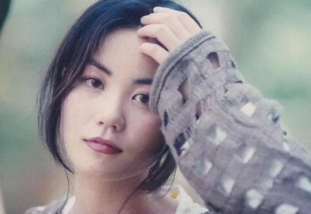 Trương Bá Chi đẹp xuất sắc là vậy, vẫn thua thảm hại và để mất Tạ Đình Phong vào tay Vương Phi vì lý do này - Ảnh 6.