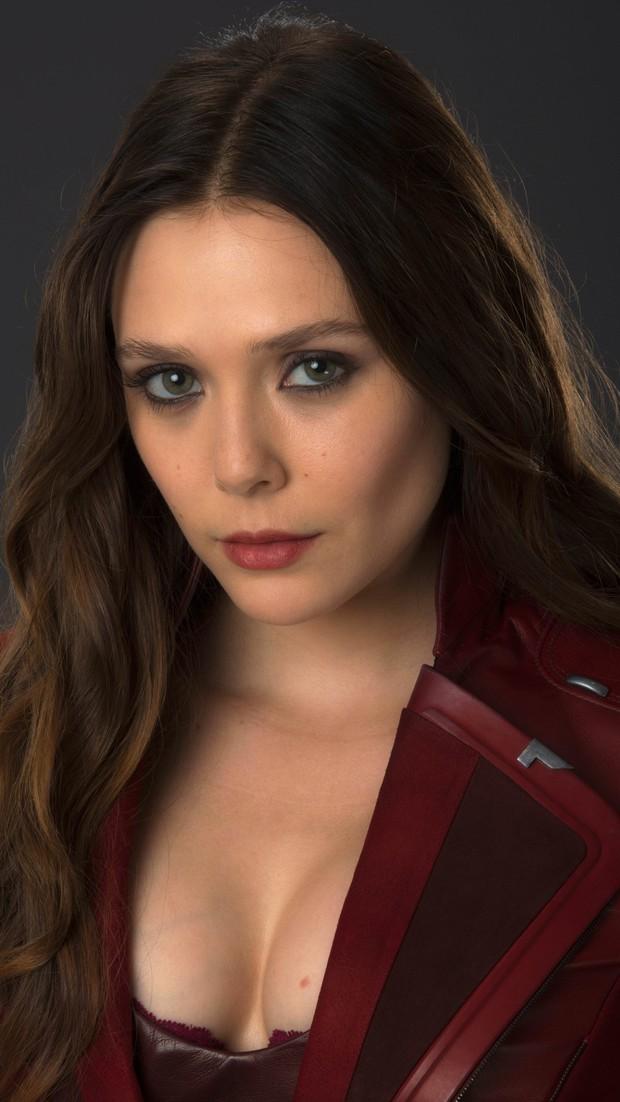 Mỹ nhân mạnh nhất Avengers khiến triệu khán giả mất tập trung, Chris Evans trố mắt chỉ vì... vòng 1 bỏng mắt - Ảnh 1.