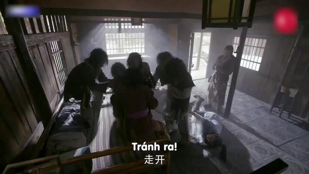 Đỉnh cao tối kiến: Biên kịch Tân Ỷ Thiên Đồ Long Ký tô trắng Chu Chỉ Nhược bằng cảnh... cưỡng bức tập thể - Ảnh 2.