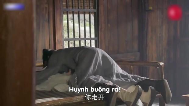 Đỉnh cao tối kiến: Biên kịch Tân Ỷ Thiên Đồ Long Ký tô trắng Chu Chỉ Nhược bằng cảnh... cưỡng bức tập thể - Ảnh 9.