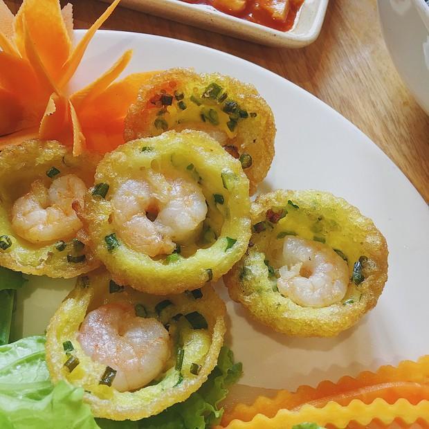 Để ý mới thấy, ở Hà Nội có mấy món bánh nhân tôm đỏ au cực hấp dẫn - Ảnh 9.
