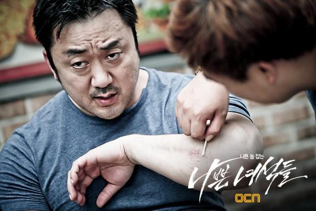 6 phim Hàn giúp bạn hiểu thế nào là dân anh chị gốc: Số 4 còn biết lợi dụng thế giới ngầm để làm thầy cãi - Ảnh 9.