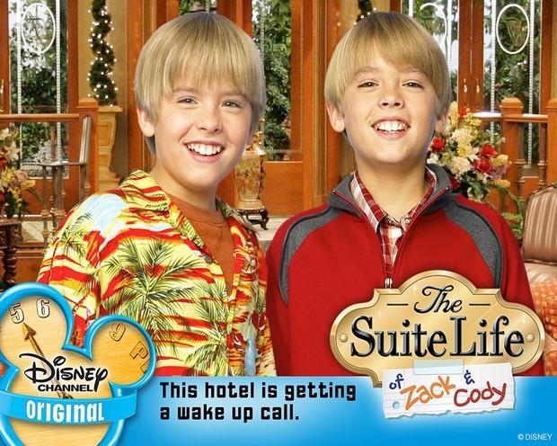 Cậu nhóc Zack và Cody Cole Sprouse sau 14 năm: Hành trình lột xác khó khăn, kỳ tích giữa dàn sao nhí Disney sa ngã - Ảnh 2.