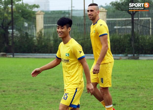 Thiếu vắng nhiều trụ cột, SLNA vẫn quyết tâm có điểm trong trận đại chiến với Hà Nội FC tại V.League - Ảnh 2.