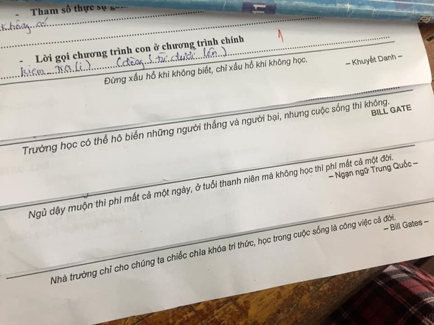 Khi thầy cô sở hữu IQ 200 làm mã đề thi: Chỉ thêm 1 dấu chấm, 1 dấu phẩy cũng khiến học sinh khóc thét - Ảnh 1.
