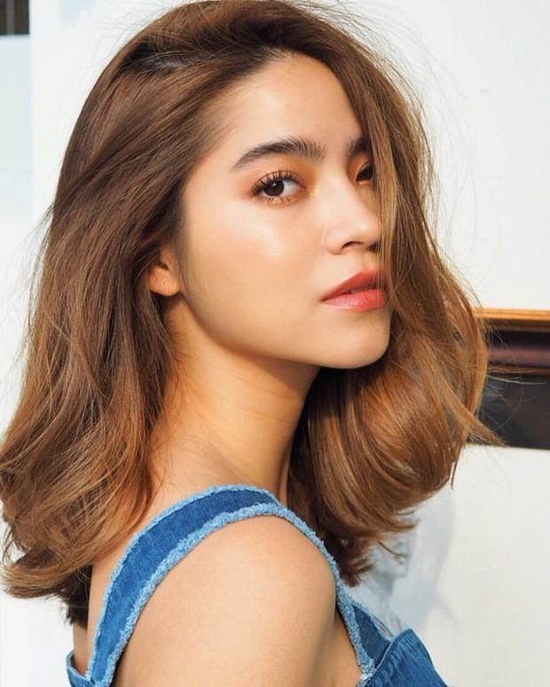 Anh chị em ruột của sao hạng A Thái Lan: Người vừa đẹp vừa siêu tài giỏi, kẻ kém sắc đến ngỡ ngàng - Ảnh 17.