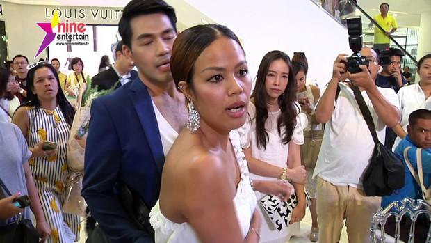 Anh chị em ruột của sao hạng A Thái Lan: Người vừa đẹp vừa siêu tài giỏi, kẻ kém sắc đến ngỡ ngàng - Ảnh 35.