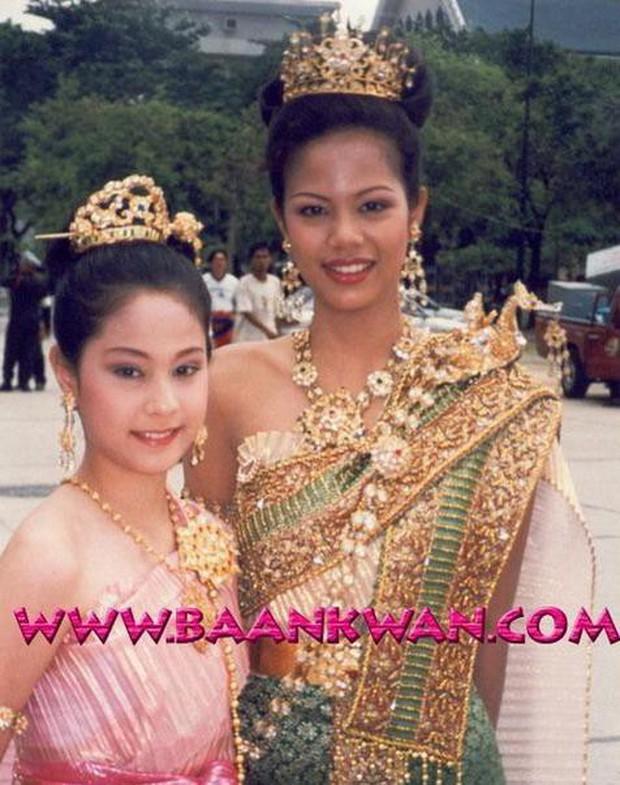Anh chị em ruột của sao hạng A Thái Lan: Người vừa đẹp vừa siêu tài giỏi, kẻ kém sắc đến ngỡ ngàng - Ảnh 36.