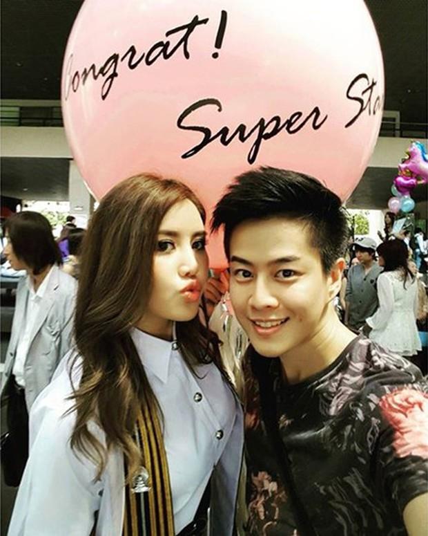 Anh chị em ruột của sao hạng A Thái Lan: Người vừa đẹp vừa siêu tài giỏi, kẻ kém sắc đến ngỡ ngàng - Ảnh 5.