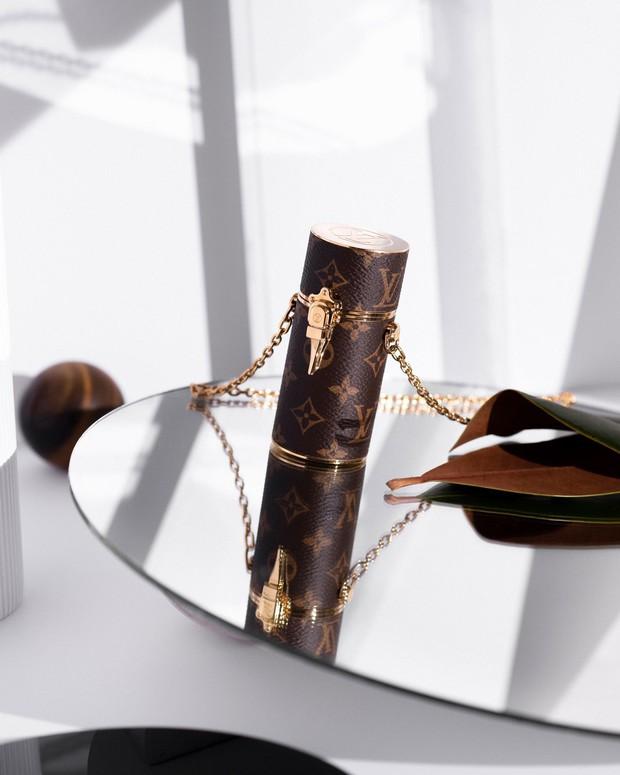 Mục sở thị hộp đựng son Louis Vuitton giá 30 củ khiến hội bánh bèo phù phiếm xôn xao vài tháng nay - Ảnh 2.