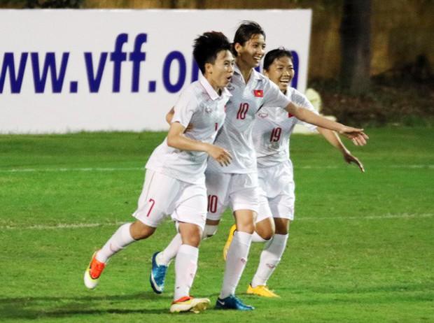 Thắng sát nút Hong Kong (Trung Quốc), tuyển nữ Việt Nam chính thức lọt vào vòng loại thứ 3 Olympic Tokyo 2020 - Ảnh 1.