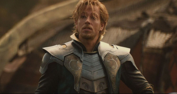 Mới ngày nào còn là vị thần lãng tử trong Thor, Zachary Levi nay đã trở thành thánh nhây của DC - Ảnh 2.