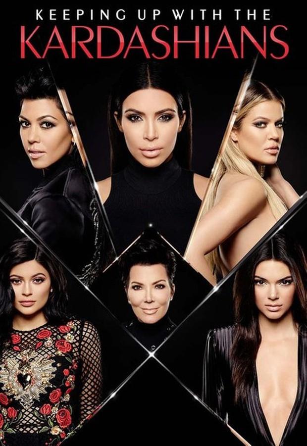 """Độ chịu chơi bá đạo đến mức cả thế giới phải thán phục của nhà Kardashian: Cách kiếm tiền nhờ sống ảo có chiến lược, """"rao bán"""" drama - Ảnh 2."""