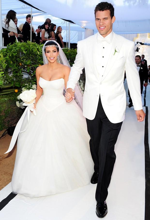 """Độ chịu chơi bá đạo đến mức cả thế giới phải thán phục của nhà Kardashian: Cách kiếm tiền nhờ sống ảo có chiến lược, """"rao bán"""" drama - Ảnh 3."""