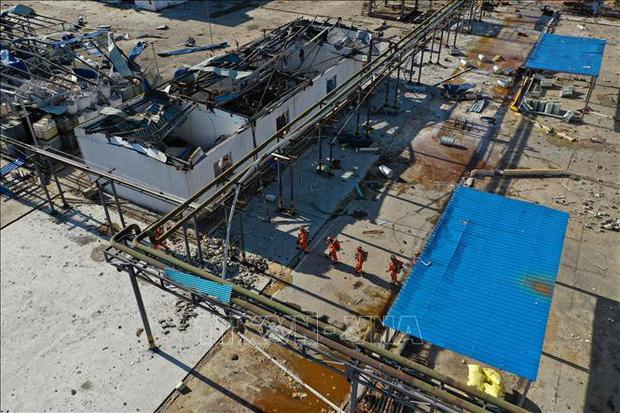 Trung Quốc đóng cửa khu công nghiệp hóa chất sau vụ nổ làm chết 78 người - Ảnh 1.