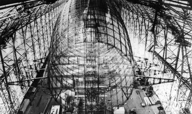 """Ảnh hiếm trước và sau """"thảm họa Titanic trên không"""" Hindenburg - Ảnh 2."""