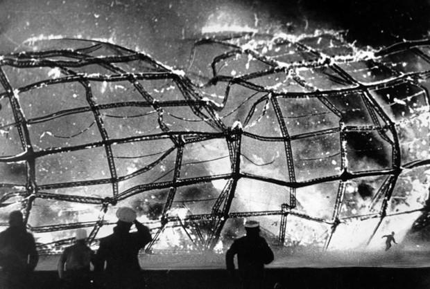 """Ảnh hiếm trước và sau """"thảm họa Titanic trên không"""" Hindenburg - Ảnh 14."""