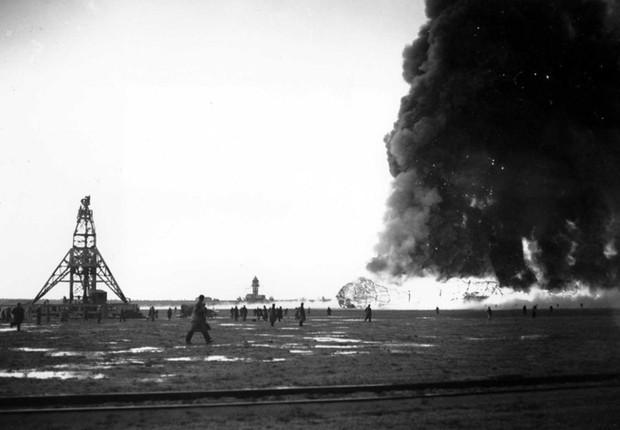 """Ảnh hiếm trước và sau """"thảm họa Titanic trên không"""" Hindenburg - Ảnh 15."""