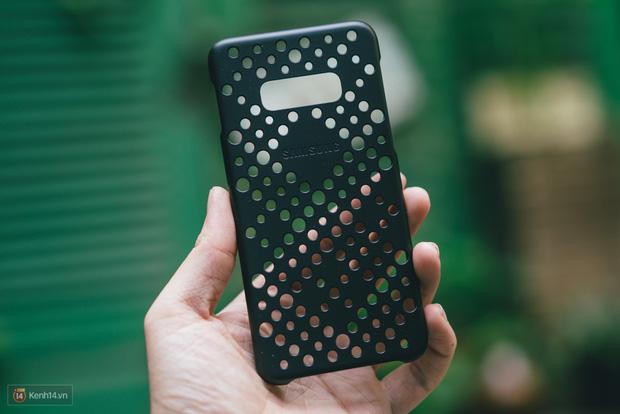 Trải nghiệm 1 tuần sử dụng Samsung Galaxy S10e - Bản mẫu hoàn hảo cho smartphone nhỏ gọn? - Ảnh 4.