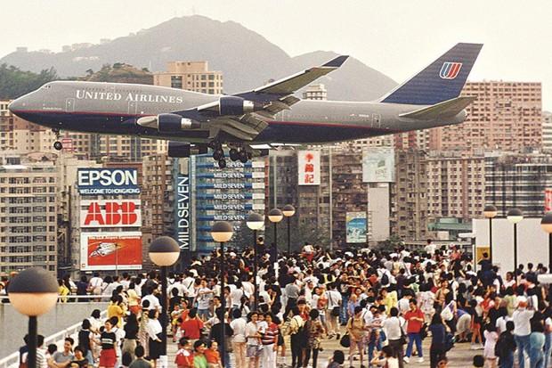 Kai Tak - Sân bay khó hạ cánh nhất thế giới, gắn liền với thời kỳ hoàng kim của Hồng Kông - Ảnh 4.