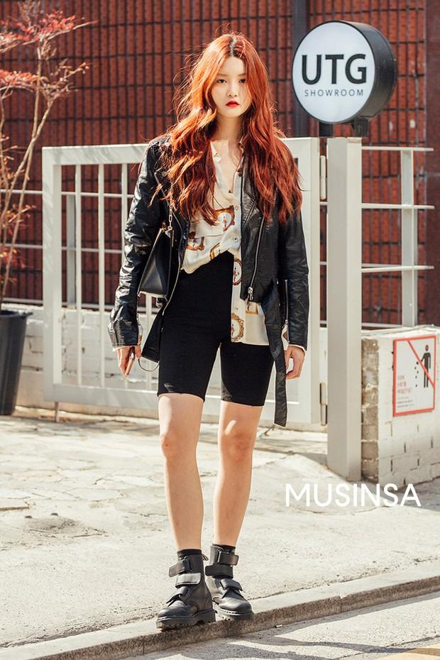 Biker short, suit màu be cùng hàng loạt hot trend bạn cần hóng từ street style của giới trẻ Hàn để lên đồ cho chuẩn mốt - Ảnh 4.