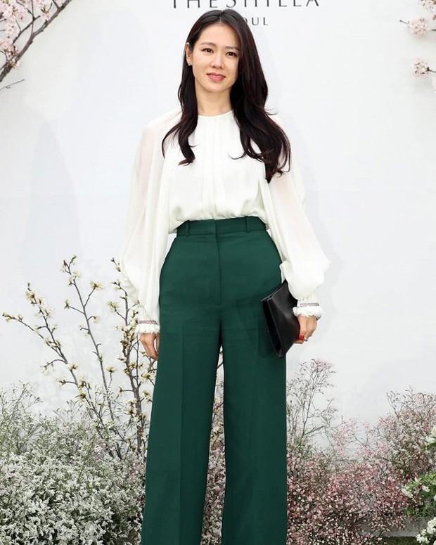 Đám cưới hot nhất hôm nay: Vợ chồng Lee Byung Hun đích thân tham dự, Seohyun - Dara xinh đẹp bên Son Ye Jin - Ảnh 5.