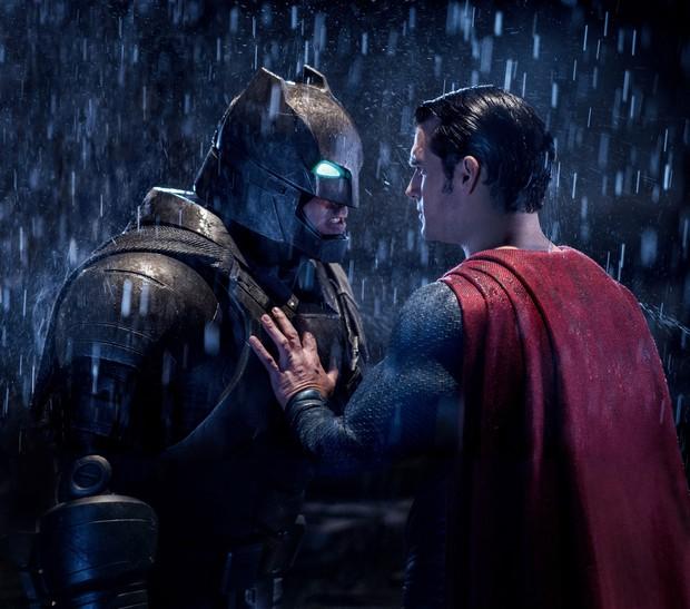 Thêm muối cỡ nào cũng không đỡ nổi 8 hành động thông minh của các siêu anh hùng sau - Ảnh 7.