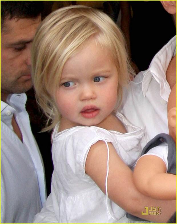 Ngỡ ngàng trước ngoại hình lột xác của công chúa lớn nhà Brangelina: Ngày bé xinh đẹp giống mẹ, lớn lên lại đẹp trai như bố? - Ảnh 2.