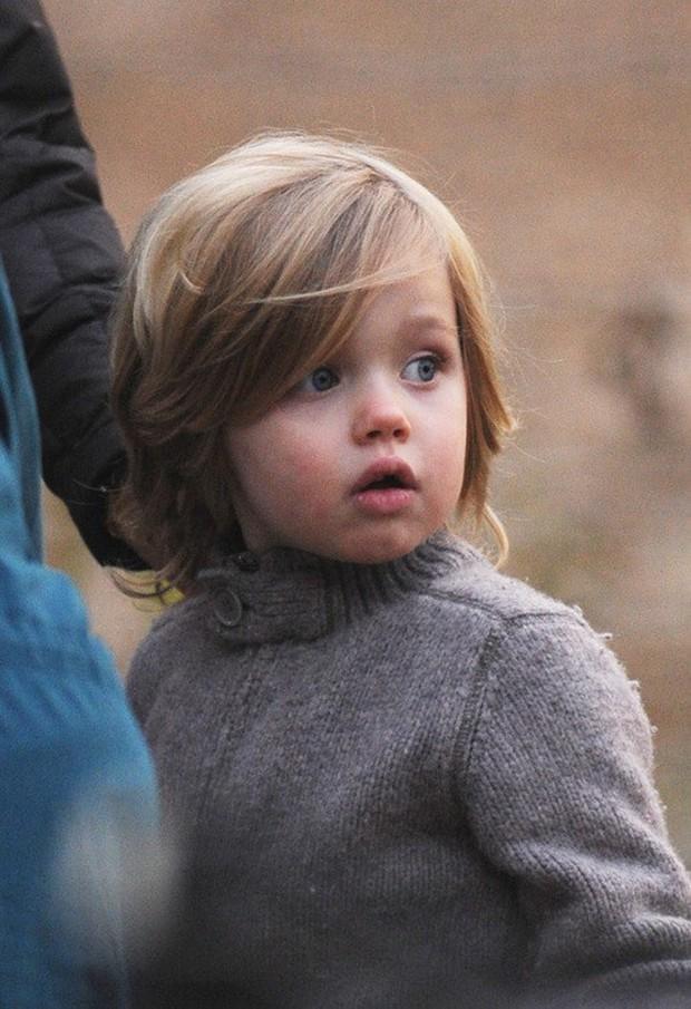 Ngỡ ngàng trước ngoại hình lột xác của công chúa lớn nhà Brangelina: Ngày bé xinh đẹp giống mẹ, lớn lên lại đẹp trai như bố? - Ảnh 3.