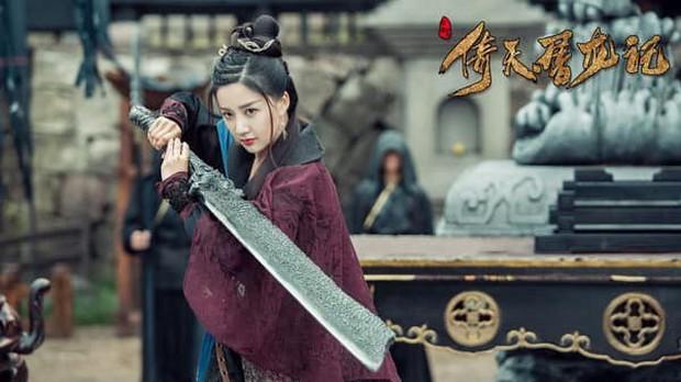 Fan Tân Ỷ Thiên Đồ Long Ký tranh cãi kịch liệt: Rốt cuộc ai mới là Cô Gái Đồ Long? - Ảnh 12.