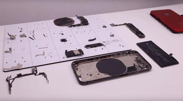 YouTuber mua iPhone 8 đã hỏng với giá 200 USD, sửa xong đẹp không khác gì hàng mới 750 USD - Ảnh 5.