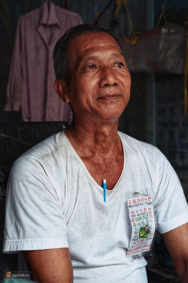 Chuyện gói đậu phộng vẽ tay giá 2 ngàn đồng của một người cha ở Sài Gòn: Chú sẽ ở đây, đợi các con trở về - Ảnh 5.