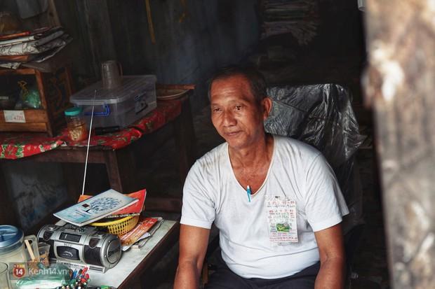 Chuyện gói đậu phộng vẽ tay giá 2 ngàn đồng của một người cha ở Sài Gòn: Chú sẽ ở đây, đợi các con trở về - Ảnh 11.