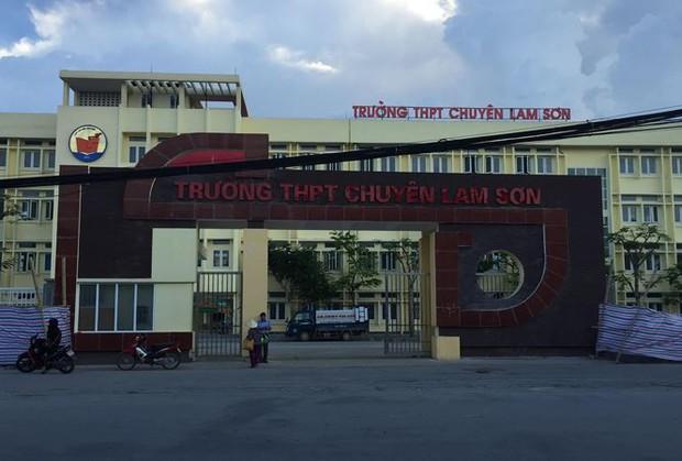 Trường THPT Chuyên Lam Sơn bị phạt 32 triệu đồng - Ảnh 1.