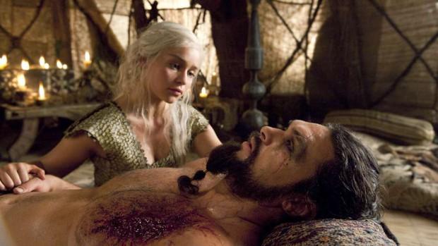 7 kiểu chết gây sốc ở Game of Thrones: Biết sống sao cho vừa lòng biên kịch? - Ảnh 3.
