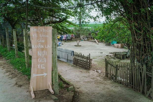 Chuyện đau đầu của Thử thách dọn rác: Bục mặt 4 tiếng dọn sạch chân cầu Xuân Lai, đến chiều người dân lại... vứt rác - Ảnh 9.