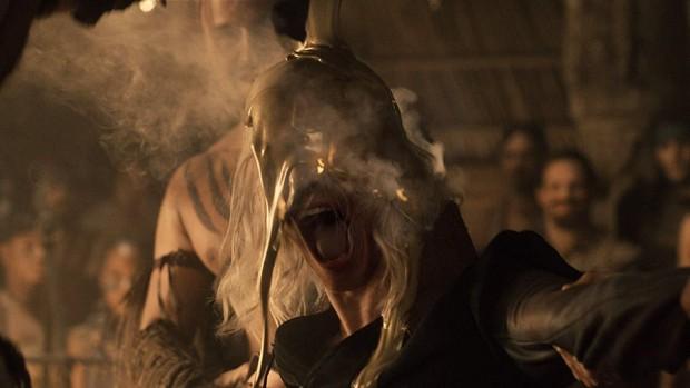 7 kiểu chết gây sốc ở Game of Thrones: Biết sống sao cho vừa lòng biên kịch? - Ảnh 2.