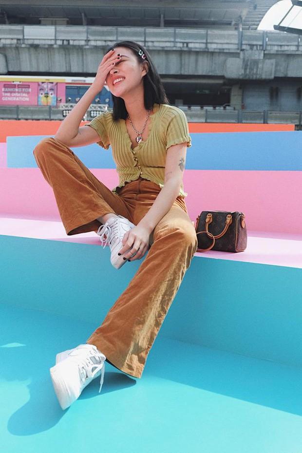 Hè mới ngấp nghé mà Chi Pu và tình tin đồn của Sơn Tùng đã diện street style mát mẻ, khoe ngực gợi cảm - Ảnh 8.